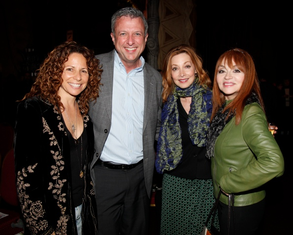 Meredith Scott Lynn, Keith McNutt, Sharon Lawrence and Judy Tenuta